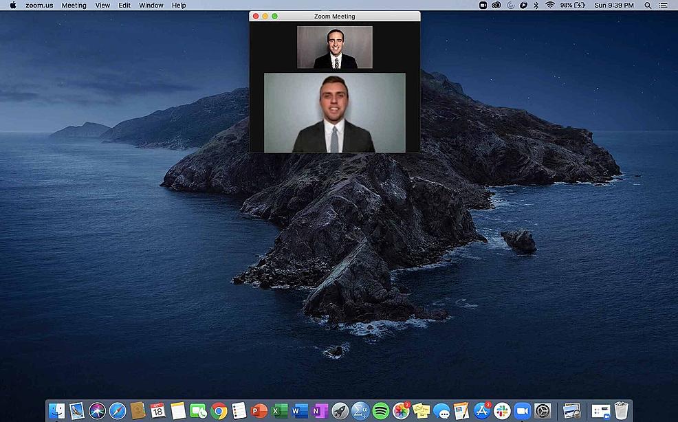 Screen-layout-to-mimic-eye-contact