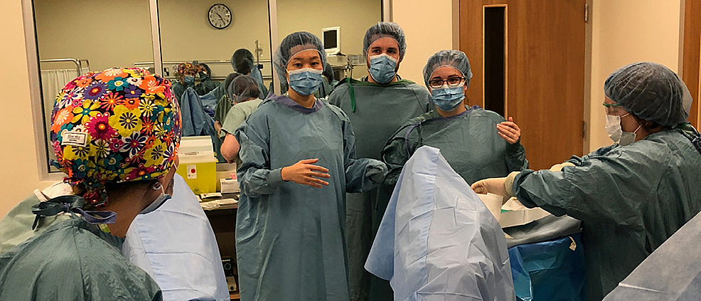OB/GYN-residents-scrubbing-in-to-participate-in-the-sexual-assault-simulation-scenario